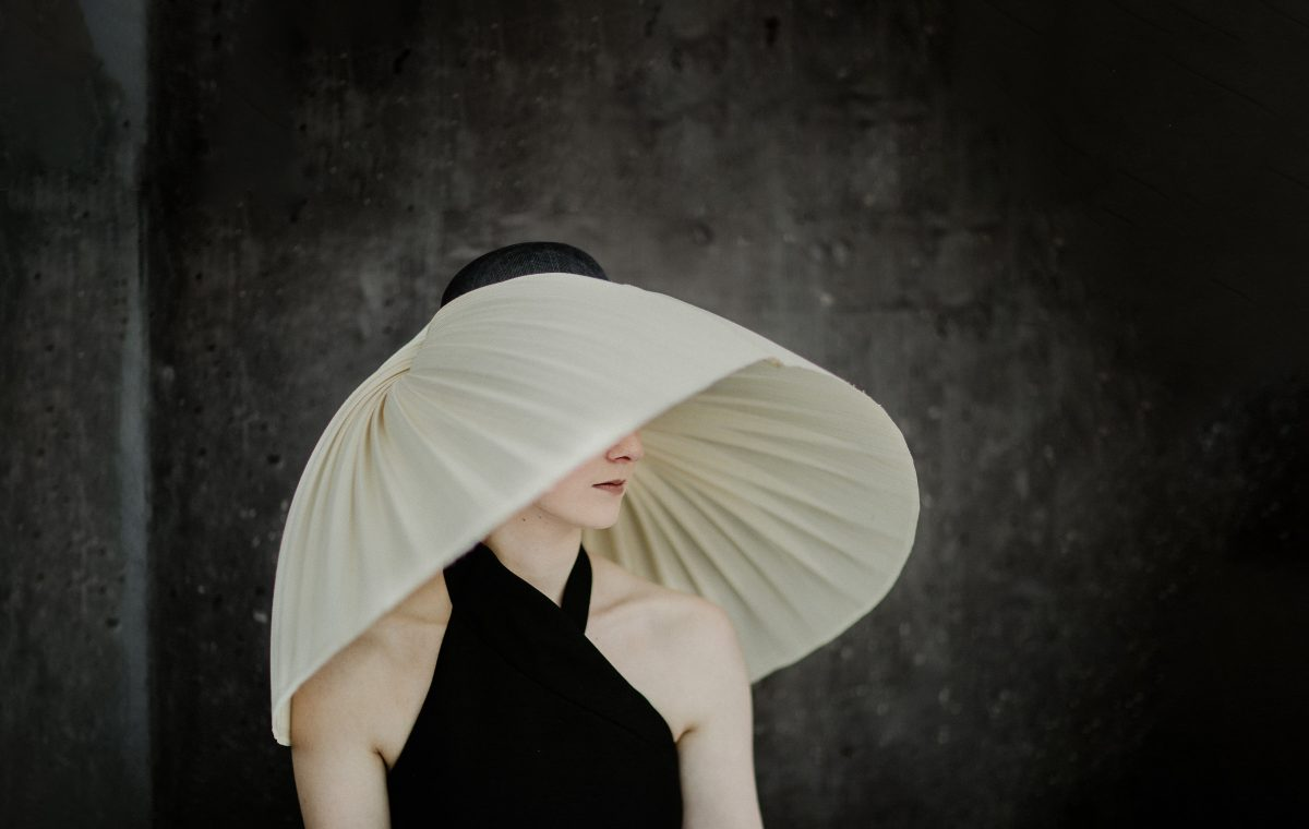 New millinery - elegant and exclusive - handmade in Melbourne - Dramatic couture headwear for the spring racing carnival