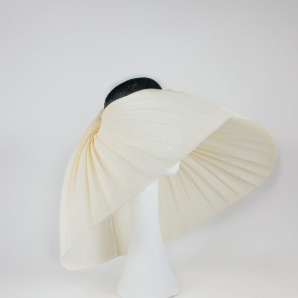 showstopper - campaign piece for new millinery collection by velvet&tonic